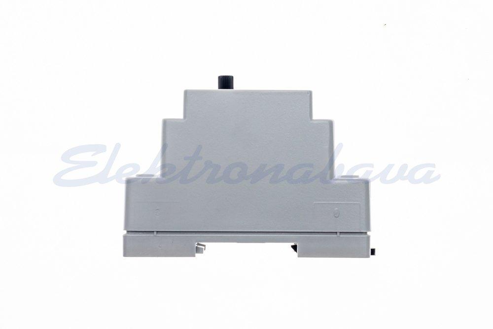 Termostat DEVIreg 330 s talnim tipalom 16A 230V -10+10ST.C